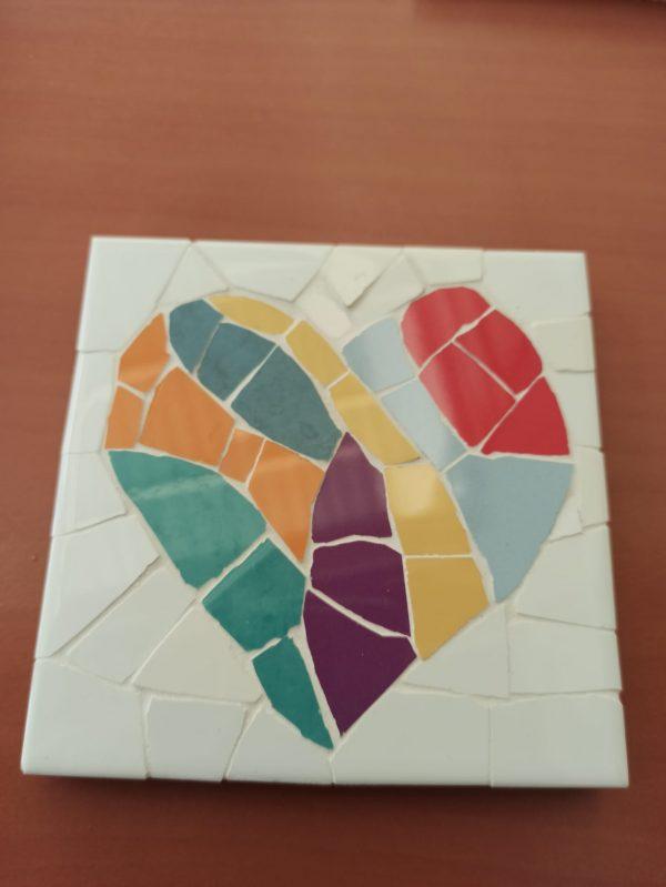 posavasos trenacadis conmotivo corazon fondo blanco